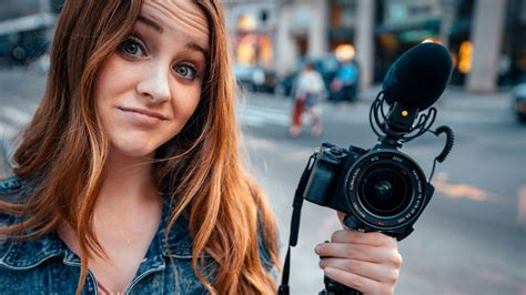 Sara Dietschy Takes the Tech World by Storm | B&H Explora
