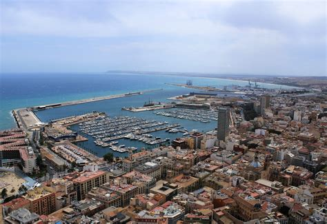 Is Alicante worth visiting? - The Getaway Lounge