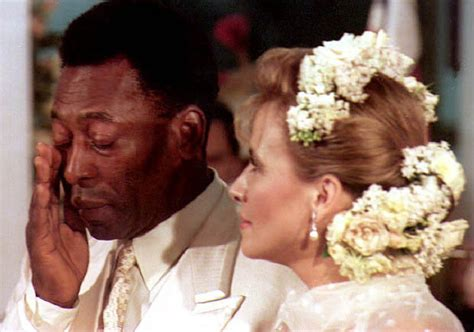 Brazil football legend Pele to marry for third time aged