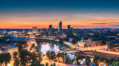Moody's to open Vilnius office - Emerging Europe